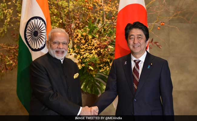 Abe prepares for Beijing visit, says Japan will bolster ties with China