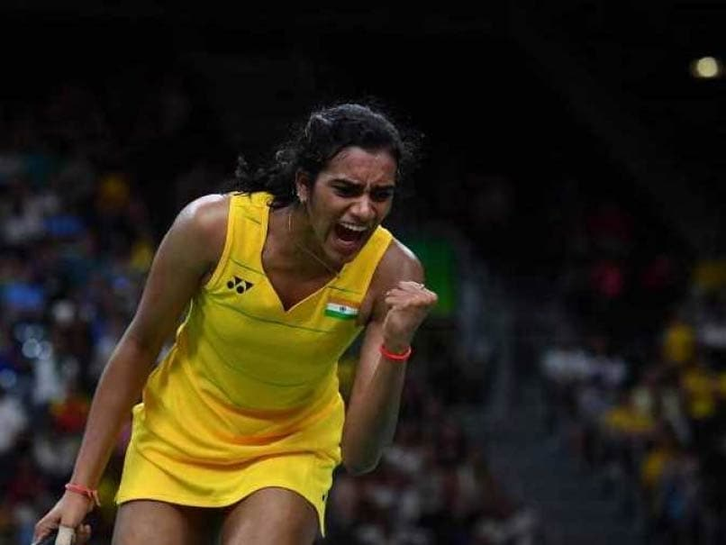 PV Sindhu makes winning start in World Superseries badminton finals