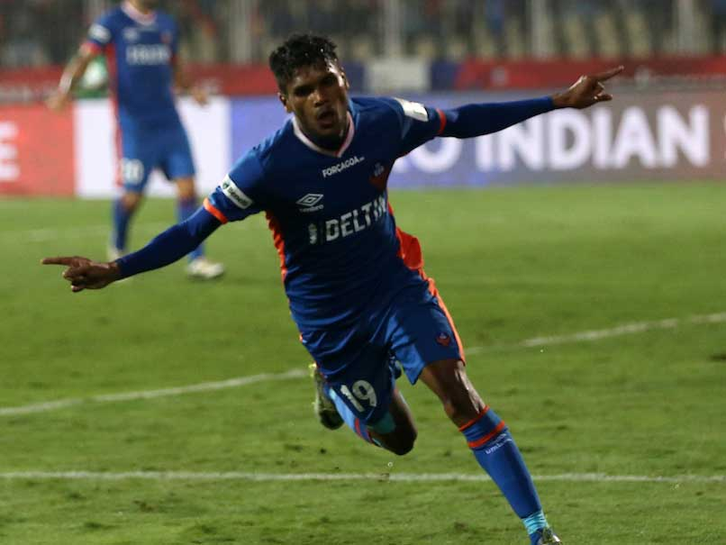 Indian Super League: Ten-Man FC Goa Beat NorthEast United 2-1