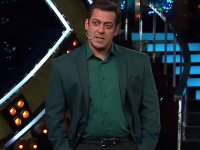 Bigg Boss 10: Salman Khan Asks Celebs to Focus on Tasks, Not Mind Games