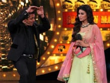 <i>Bigg Boss 10</i>: Salman Khan's <i>Naagin</i> Dance With Mouni Roy