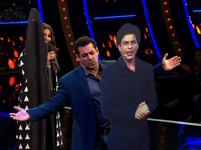 Bigg Boss 10: Salman Khan and Vidya Balan Recreate DDLJ Scene