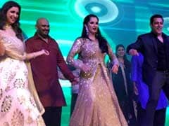PICS: सानिया मिर्जा की बहन के संगीत में जमकर थिरके सलमान खान, परिणीति चोपड़ा भी पहुंची