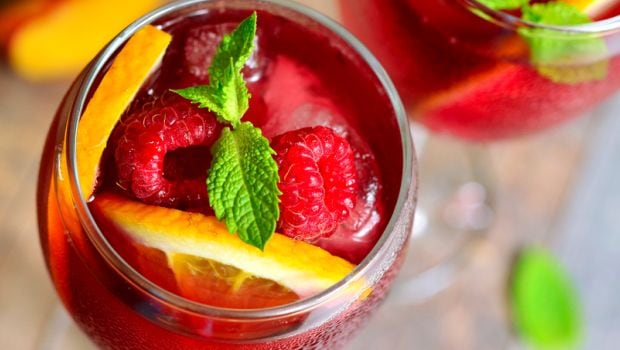 Sangria Recipes: What Makes this Spanish Wine-Based Cocktail So Popular?