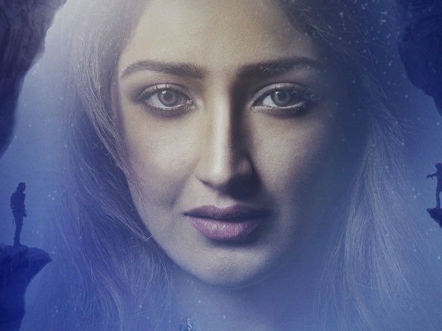 Sayyeshaa Saigal on Reaction to Shivaay and Her Upcoming Projects
