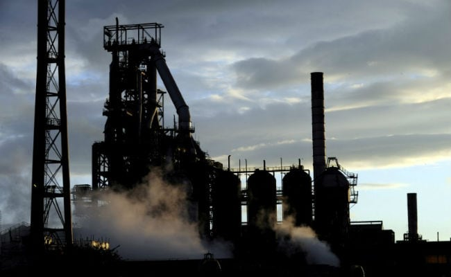 Consolidated net loss of Tata Steel narrowed to Rs 1,168.02 crore for the March quarter