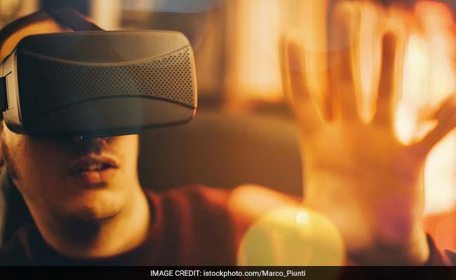 Virtual Reality Seeks Momentum At CES Gadget Gala