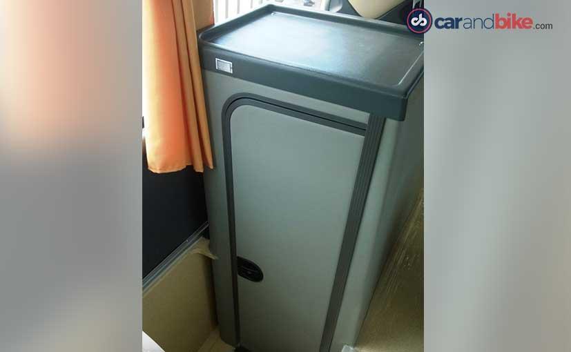 Volvo 9400 Bus Chemical Toilet