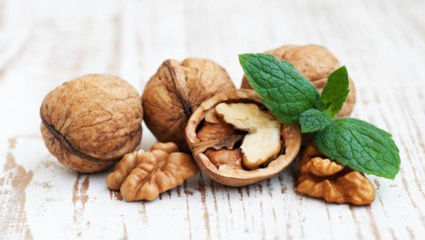 Walnuts May Boost Mood in Young Men: Study