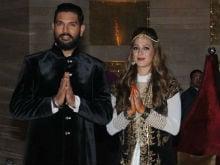 Yuvraj Singh, Hazel Keech Start 'New Innings'. See Pics From <I>Sangeet</i> And <I>Mehendi</i>