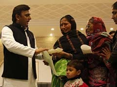 With Eye On UP Polls, Akhilesh Yadav Gives Compensation Over Bank Queue Deaths