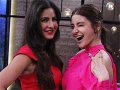 अनुष्का शर्मा ने कैटरीना के गाने को बताया गलत, खोला आमिर की <i>पीके</i> स्कर्ट का सीक्रेट