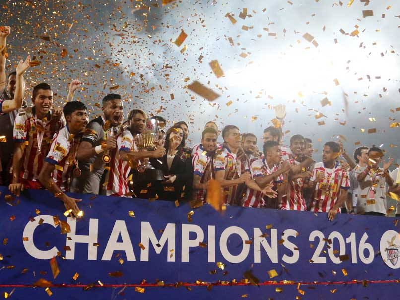 ISL 2016: Atletico de Kolkata Pip Kerala Blasters in Penalties to Lift Title
