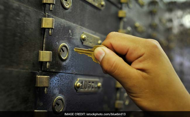 Frame New Bank Locker Rules In 6 Months, Supreme Court Tells RBI