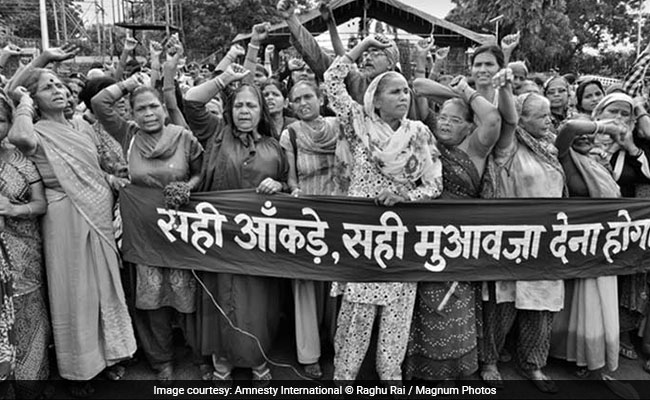 bhopal gas tradegy The bhopal gas tragedy of 1984—the worst chemical disaster in history, where  over 2000 people died due to the accidental release of the toxic gas methyl.
