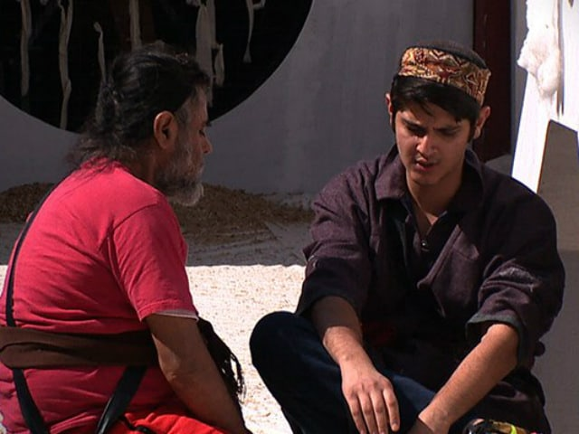 Bigg Boss 10, December 28, Written Update: Rohan Mehra 'Teaches A Lesson' To Swami Om