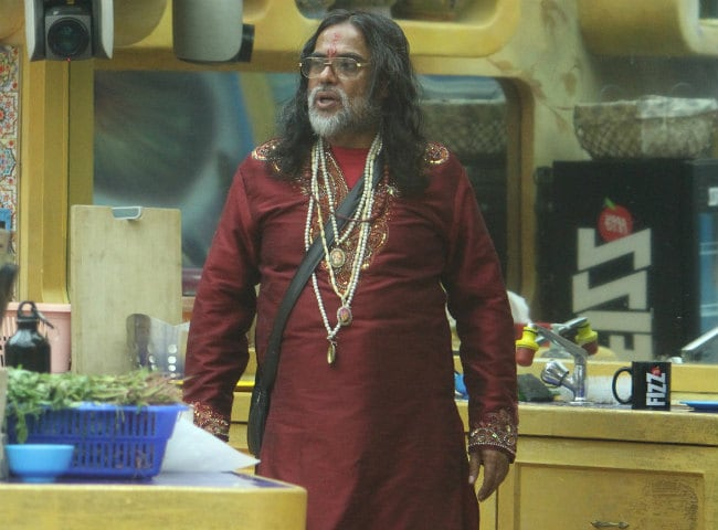 Bigg Boss 10, December 13: Swami Om Is Furious And Angry