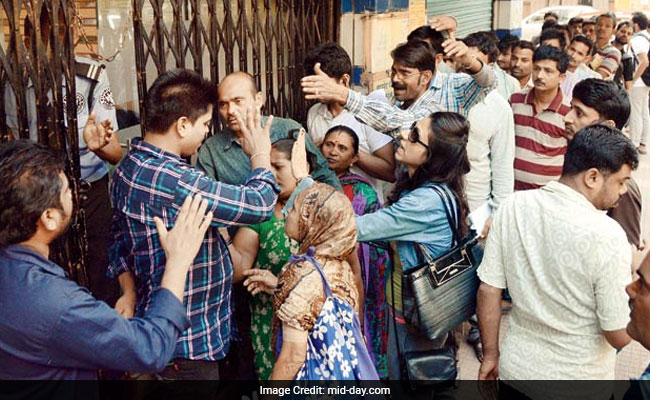 Noteban Effect: Mumbai, Why Chances Of Getting Your Salary In Hand On Payday Are 50/50