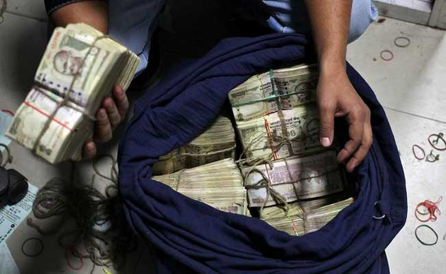 Political Parties Can Turn In Old Notes Without Tax Scrutiny