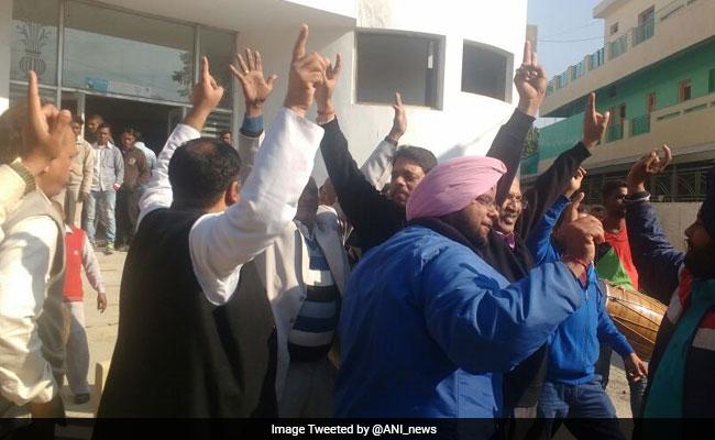 नोटबंदी के दौर में कांग्रेस की 'वोट-बंदी', चंडीगढ़ निकाय चुनाव में बीजेपी की रिकॉर्ड जीत