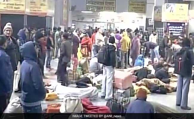 उत्तर भारत में लुढ़क रहा पारा, कड़कड़ाती ठंड से यूपी में 94 लोगों की मौत