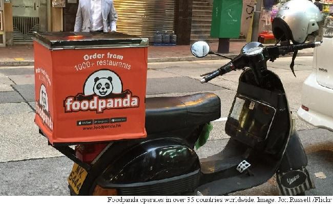 शाहरुख खान फूड पांडा के ब्रैंड एम्बेसडर बने, बदलेंगे 'खाने की आदत'