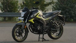 When Taapsee Pannu Fell In Love With The Honda CB Hornet 160R