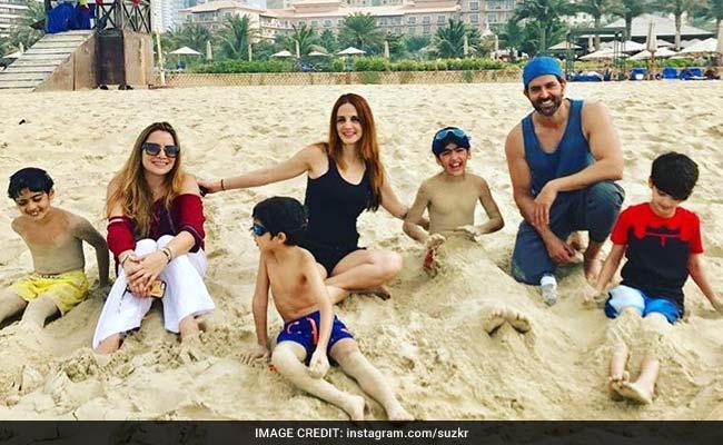 फिर साथ दिखे रितिक रोशन और सुजैन खान, बच्चों के साथ दुबई में मना रहे हैं छुट्टियां