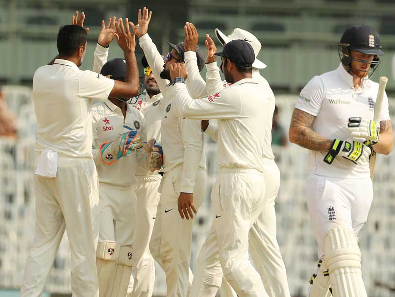 Live cricket score india vs england r ashwin struck in the 1st over