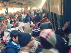 यूपी के फिरोजाबाद में रेलवे स्टेशन पर युवक की पीट-पीटकर हत्या
