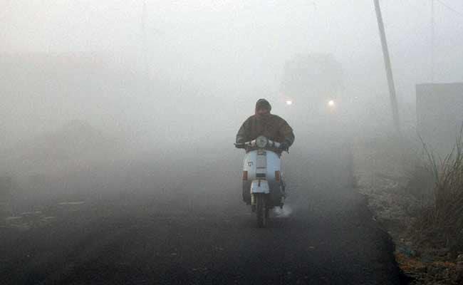 जम्मू एवं कश्मीर में शीतलहर, 'चिल्लई कलां' में बर्फबारी नदारद, मौसम विभाग ने कहा, और गिर सकता है न्यूनतम तापमान
