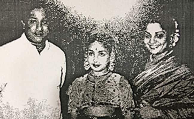 Jayalalithaa Wrote Of Pining For Mother, Blowing Away Sivaji Ganesan