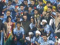 फिल्म 'चक दे इंडिया' के कबीर खान की याद दिलाती है जूनियर हॉकी टीम के कोच हरेंद्र की कहानी