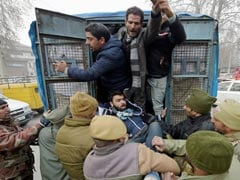 Youth Dies In Firing On Protesters In South Kashmir's Kulgam