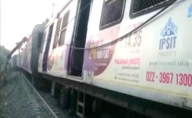 ट्रेन के दरवाजे पर खड़े हैं तो फटका गैंग से रहे सावधान, कहीं...?