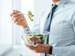 Eating Late Night Meals May Make You Gain Weight