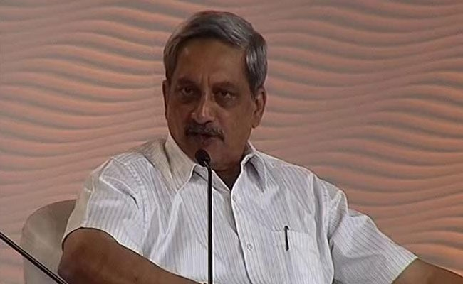 Defence Minister Manohar Parrikar Backs Free Speech But Within Legal Framework