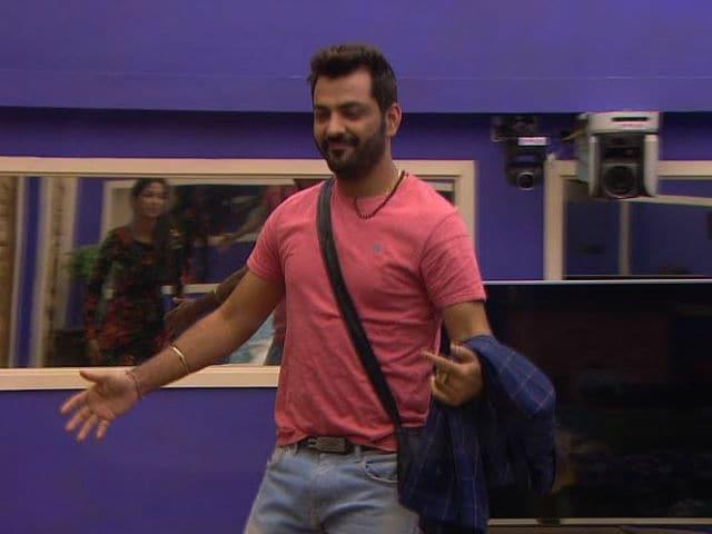 Bigg Boss 10: Manu Punjabi Returns. But Wait, There's A Catch