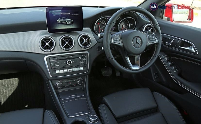 mercedes benz cla facelift dashboard