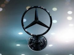 Mercedes Hits Currency Recall Speed Bump, Lowers Sales Target