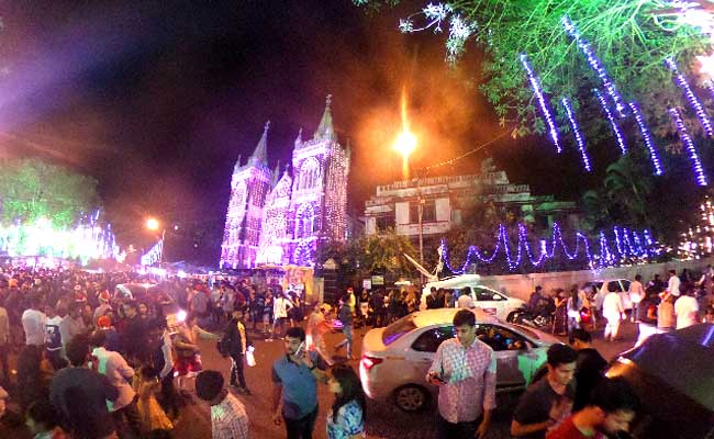Lights, Crowds And A 360-Degree Camera: Christmas At Mount ...