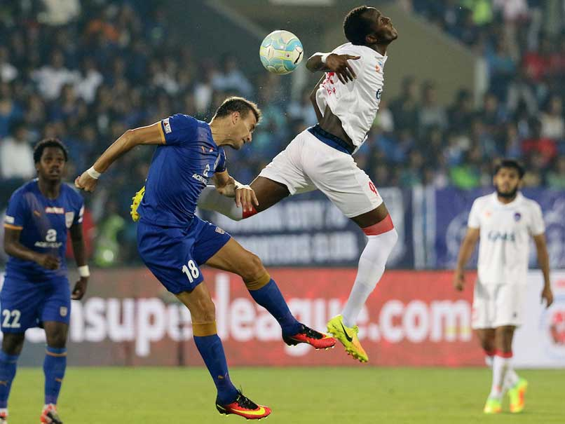 ISL 2016: Mumbai City Finish on Top After Goalless Draw vs Delhi Dynamos