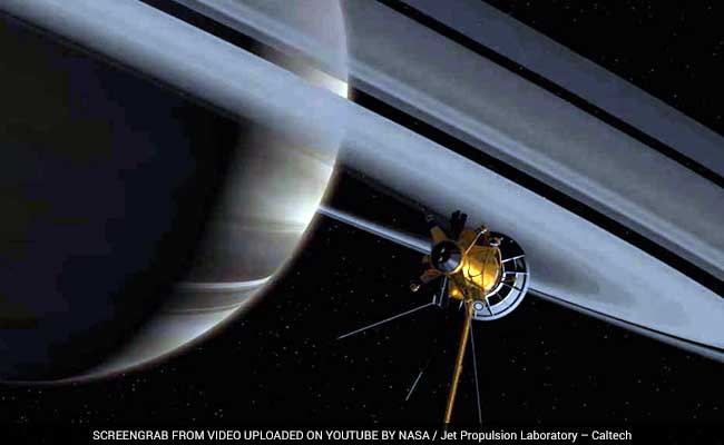 Summer In Saturn: NASA's Cassini Beams Back Solstice Images