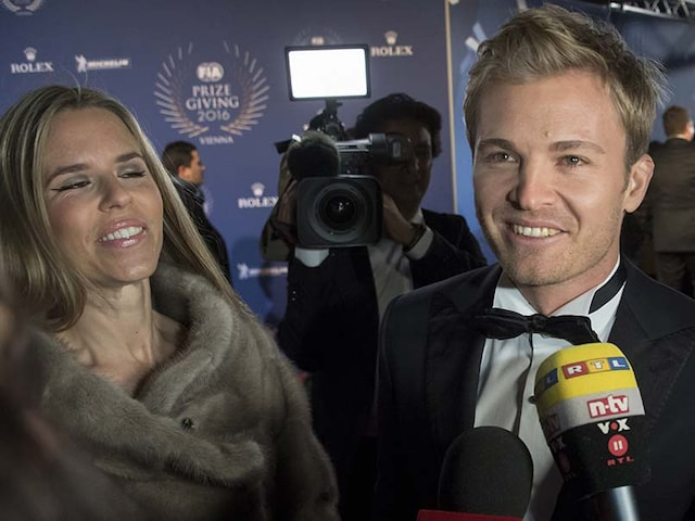 Nico Rosberg Receives Formula One World Championship Trophy, Says Mission Accomplished