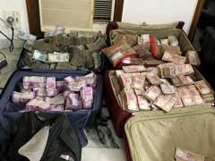 लॉ फर्म में छापेमारी : ग्रेटर कैलाश की सफेद कोठी से मिले 13 करोड़ 56 लाख