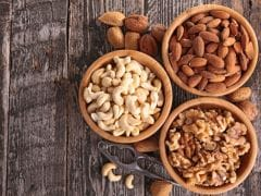 5 Nuts That Are A Must For Healthy And Glowing Skin