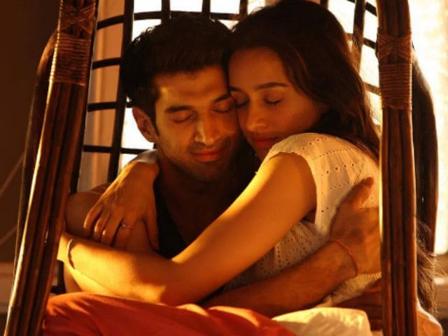 Shraddha Kapoor, Aditya Roy Kapur Celebrate OK Jaanu Wrap With A Bash