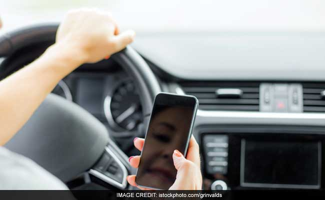 West Bengal Government To Suspend Drivers' Licenses If Found Talking On Mobile Phones