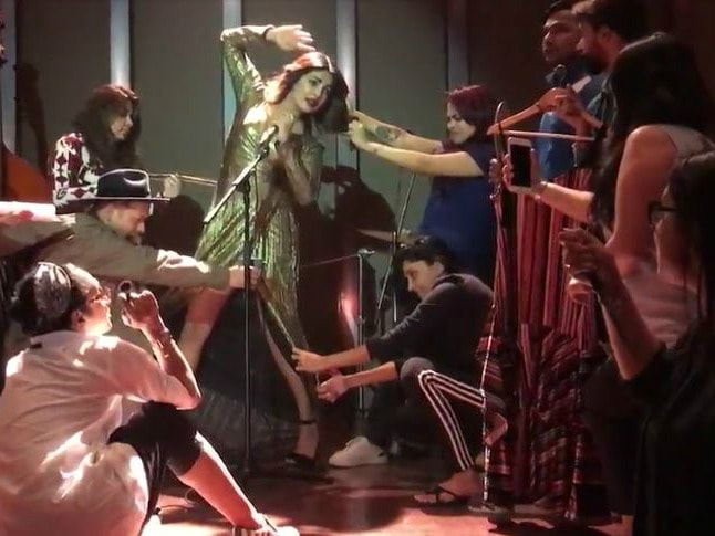Wait. Stop. And Watch Priyanka Chopra's Viral-Worthy Video With Her India Crew