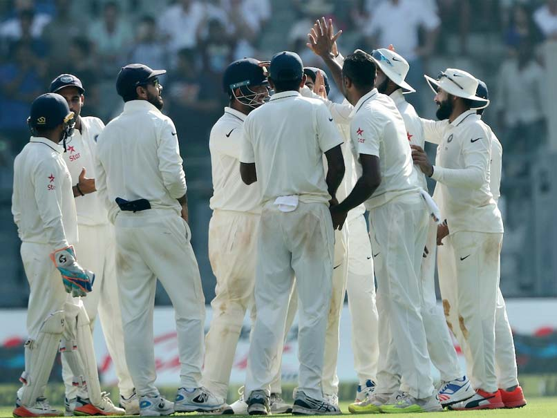 Live Cricket Score - India vs England, 4th Test, Day 2, Mumbai: Hosts Look to Polish Off England Quickly